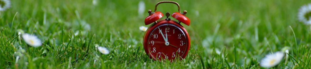 Переводим время и учимся высыпаться