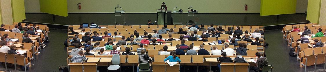 Обучение в ВУЗах Болгарии подорожает