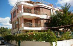 Продается дом 4 этажа, в г.Несебр, площадь 480 кв.м., с двором