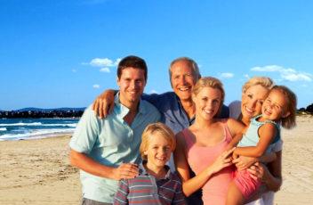 beach-2066281_1280